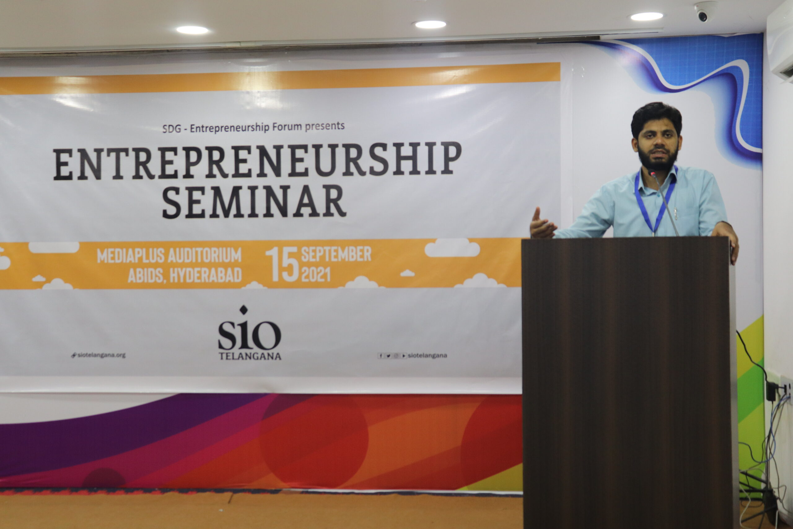 To make Students & Youth Self-confident, Self-reliant & Self-sufficient, SIO organised Entrepreneurship Seminar in Hyderabad